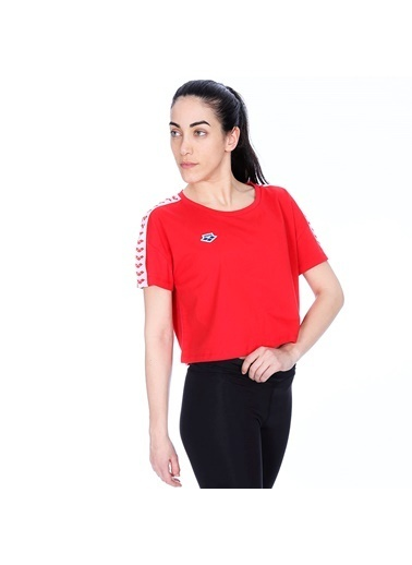 Arena Arena 001226401 Corinne Team Kadın Günlük Stil Tişört Renkli